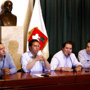 Llegan a Toluca 80 viajes con combustible; el abasto será gradual: Juan Rodolfo Sánchez
