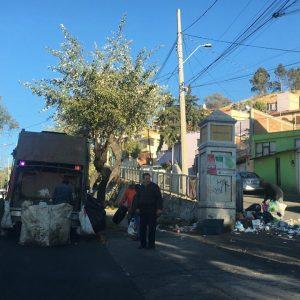 Permanente recolección de basura en Paseo Matlatzincas; se evitan focos de infección