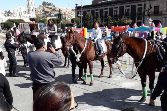 Festeja Toluca a los Reyes de la Casa en la Plaza de los Mártires