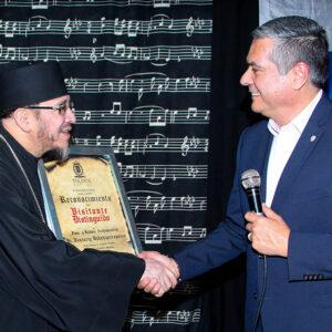 Nombra Toluca visitante distinguido al líder de la Iglesia Ortodoxa Rusa en México