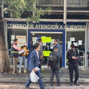 Suspende Toluca locales de Telcel y Banamex del Centro Histórico
