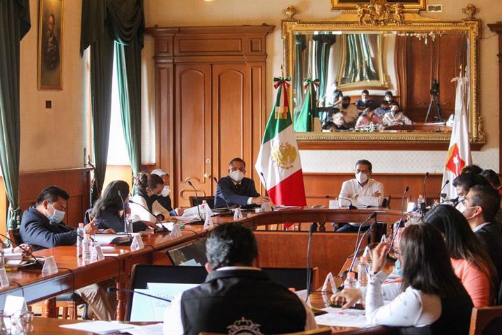Aprueban en Toluca obras y acciones ejecutadas con cargo al FEFOM