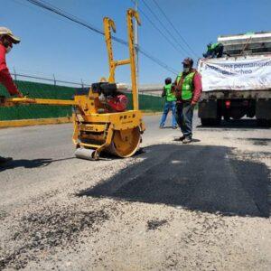 Gobierno Estatal, Ayuntamiento de Toluca y PPS trabajan en conjunto para trabajos de bacheo en Paseo Tollocan