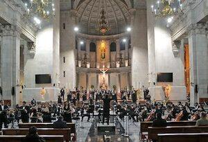 Orquesta Filarmónica de Toluca, brinda concierto de gala en memoria de los difuntos de la ciudad