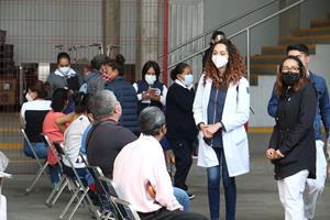 Exitoso inicio de vacunación en Toluca para personas de 50 a 59 años