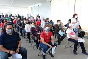 Más de 94 mil personas de 50 a 59 años reciben vacuna contra COVID-19 en Toluca