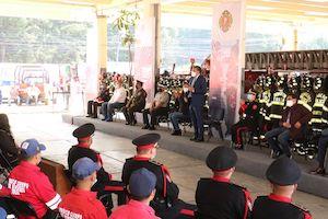 Con un reconocimiento especial y una gratificación económica, rinde el Ayuntamiento Municipal homenaje a los Bomberos de Toluca