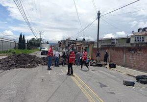 Realiza Toluca sondeo en la red hidráulica de la calle Albert Einstein