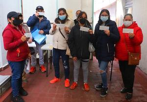 Continúa reactivación económica de Toluca con entrega de apoyos a microempresarios